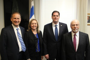 Steve Green, Jackie Green, Israeli Ambassador to the U.S. Ron Dermer, and Paul Singer at the launching of the new Covenant Journey program